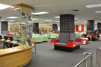 KDU College's well equipped library at the Damansara Jaya Campus